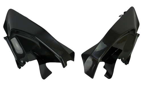 Inner Side Panels in Glossy Plain Weave Carbon Fiber for Ducati Panigale V4
