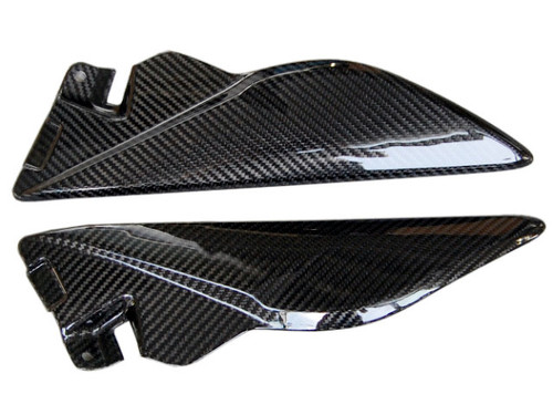 Tank Side Panels in Glossy Twill Weave Carbon Fiber for Triumph Speed Triple 1050 2011+
