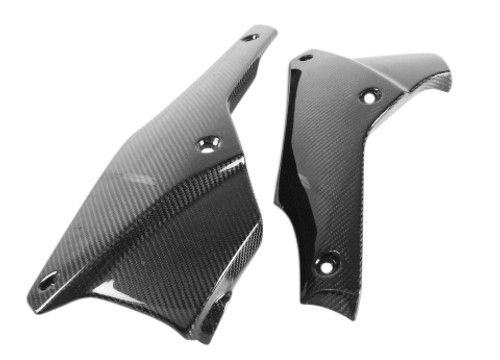 Belly Pan for Triumph Speed Triple 1050 2011+ in Glossy Twill Weave Carbon Fiber