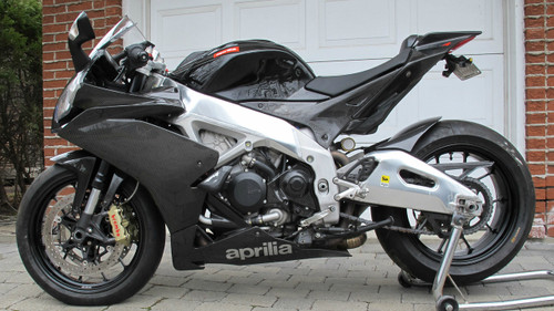 Side Panels in Carbon with Fiberglass for Aprilia RSV4 2009+ (RF to 2018)