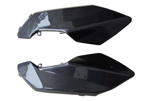 Under Tank Side Panels ( w/ internal lugs ) in Glossy Plain Weave Carbon Fiber for Aprilia Shiver 2007-2010