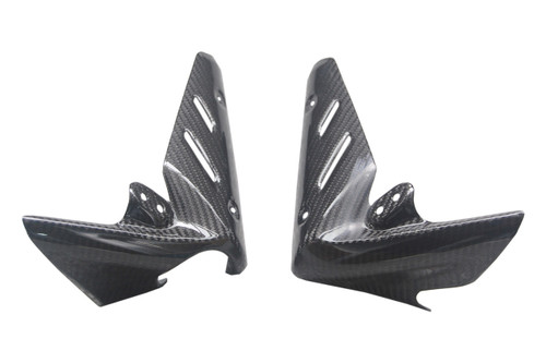 Small Radiator Guards in Glossy Twill Weave Carbon Fiber for Triumph Street Triple 07-12