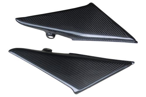 Side Panels in Glossy Twill Weave Carbon Fiber for Honda CBR600RR 03-04