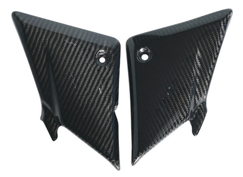Side Panels in Glossy Twill Weave Carbon Fiber for Suzuki SV1000, SV650 2003
