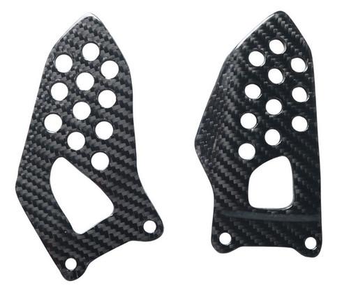 Heel Plates in Glossy Twill Weave Carbon Fiber for Suzuki GSXR 600, GSXR 750 2004-2005