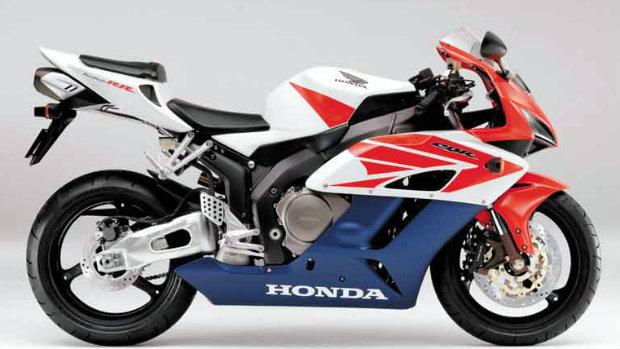 2004-honda-cbr1000rr-.jpg