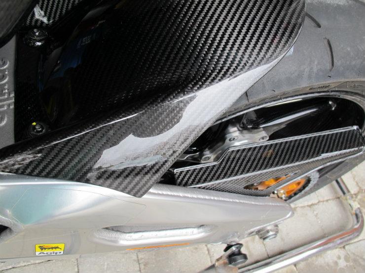 aprilia-rsv4-carbon-fiber-rear-hugger.jpg