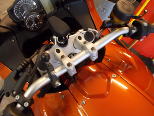 "Handlebar Riser Bar Backs 2"" diagonal move W/ GPS- includes Brake line adapter for BMW F800GT"