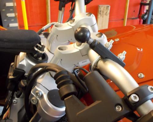 "Handlebar Riser Bar Backs 2"" diagonal move W/ GPS- includes Brake line adapter for BMW F800GT"