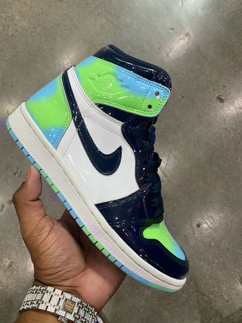 Slime on Chill Air Jordan Retro 1s ( women sizing )