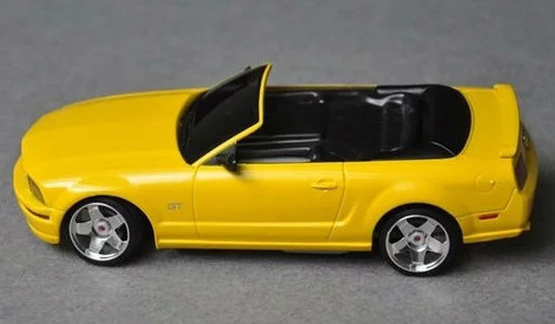 Mini-Z Body Mustang Convertible 5.0 Style Yellow 98MM Body Only