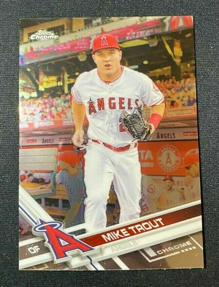 Mike Trout 2017 Topps Chrome Angels