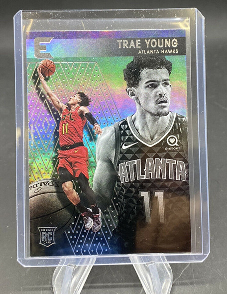 Trae Young 2018-19 Panini Chronicles Essentials Rookie #234 HAWKS