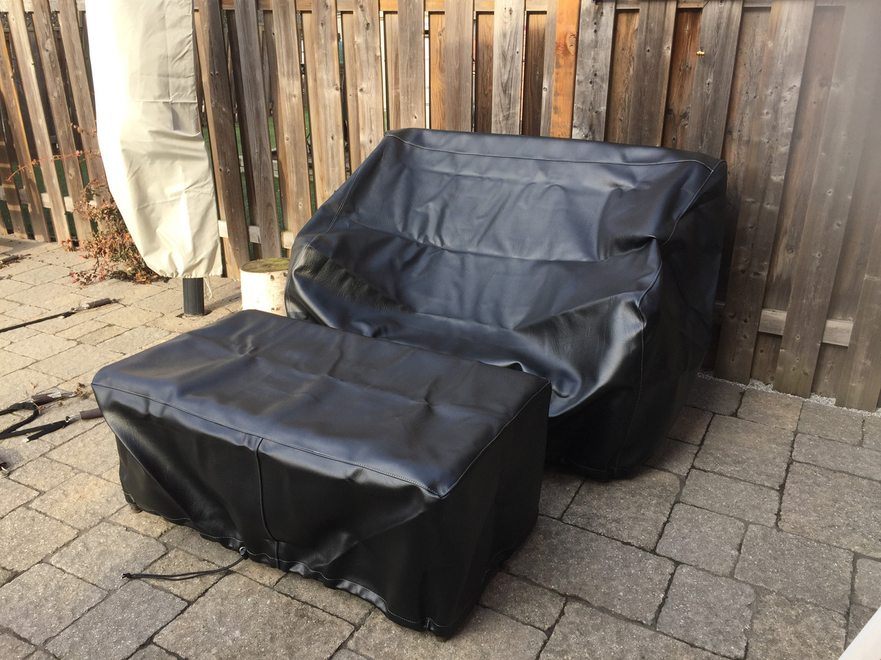 Winterlux sofa and table cover