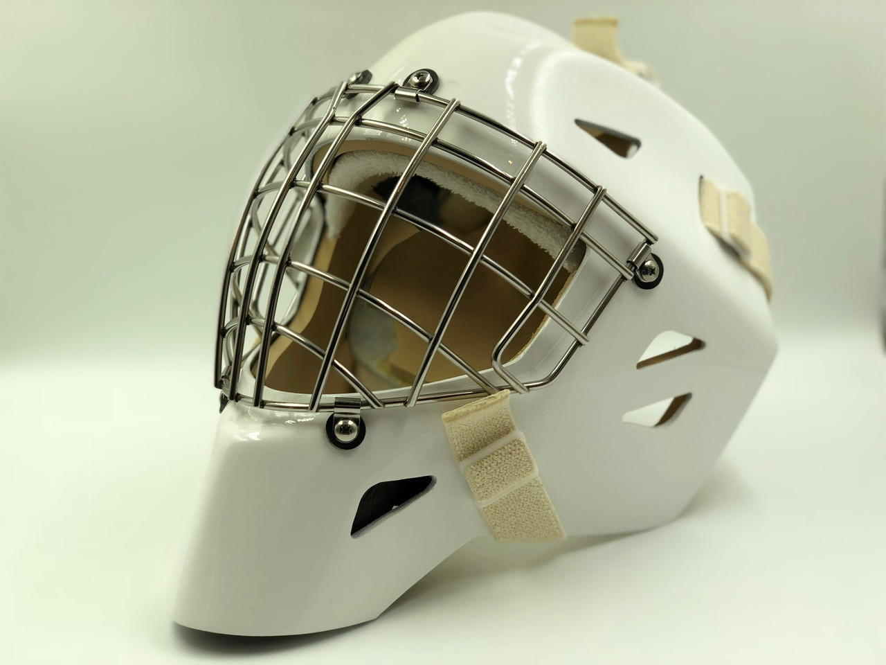 OTNY X1 Pro Goalie Mask with Certified Straight Bar Cage