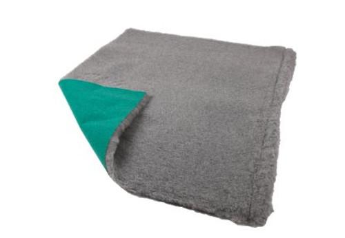 Show Tech Pet Bedding 150cm x 100cm Grey