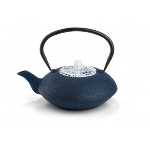 Teapot, Cast Iron Yantai