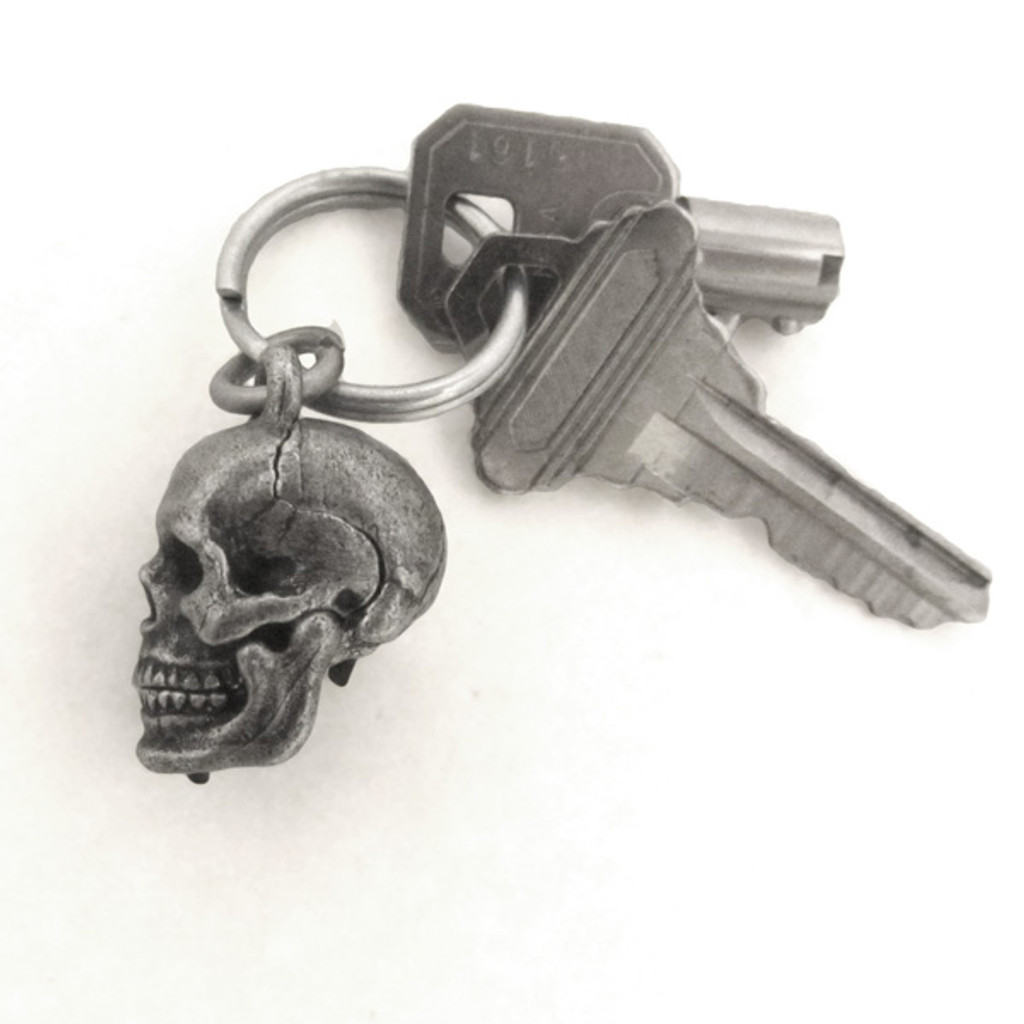 Human Skull Locket with keys