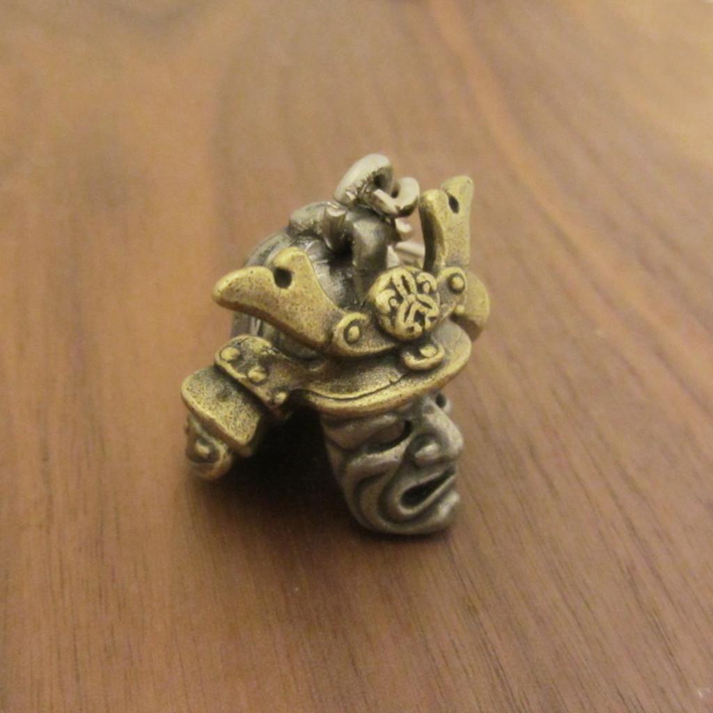 Samurai helmet kabuto keychain