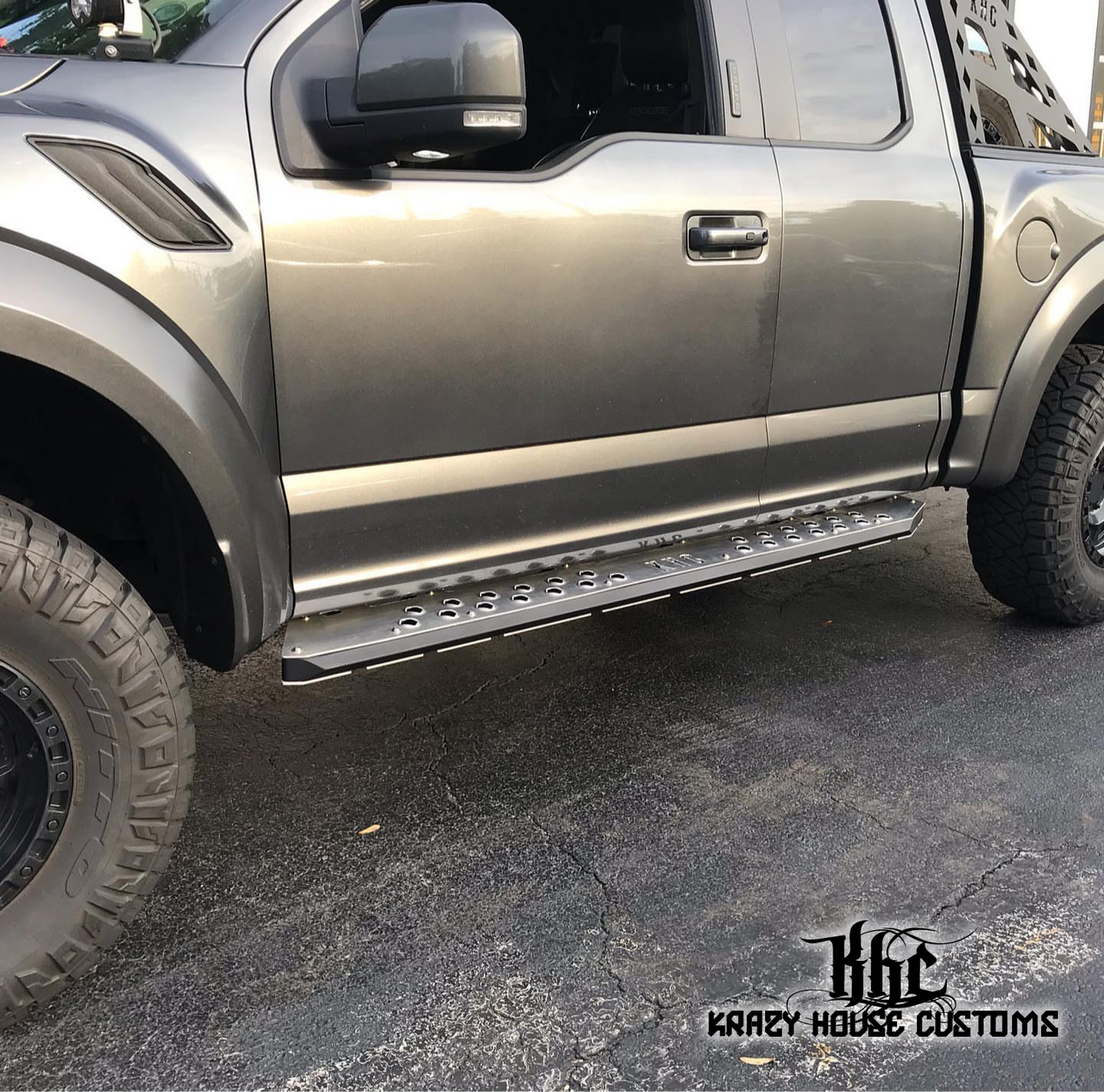 KHC OFF-ROAD RUNNING BOARDS / ROCK SLIDERS