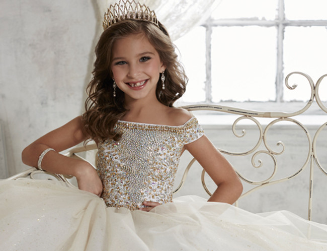 The Right Girls Pageant Dress for Your Daughter