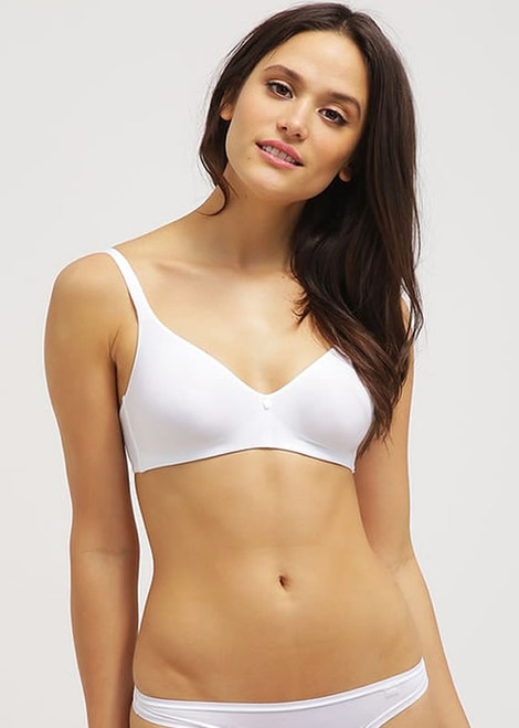 Triumph Body Make Up Essentials Magic Wire T-Shirt Bra 85349