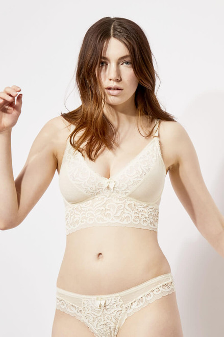 Blush Wirefree Lace Reverie Bralette with 1/4 Wire 231410