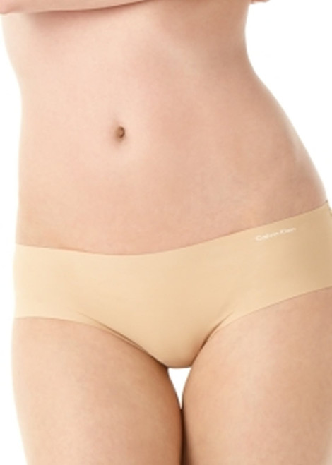 Calvin Klein Invisibles Laser Cut Hipster Panty D3429