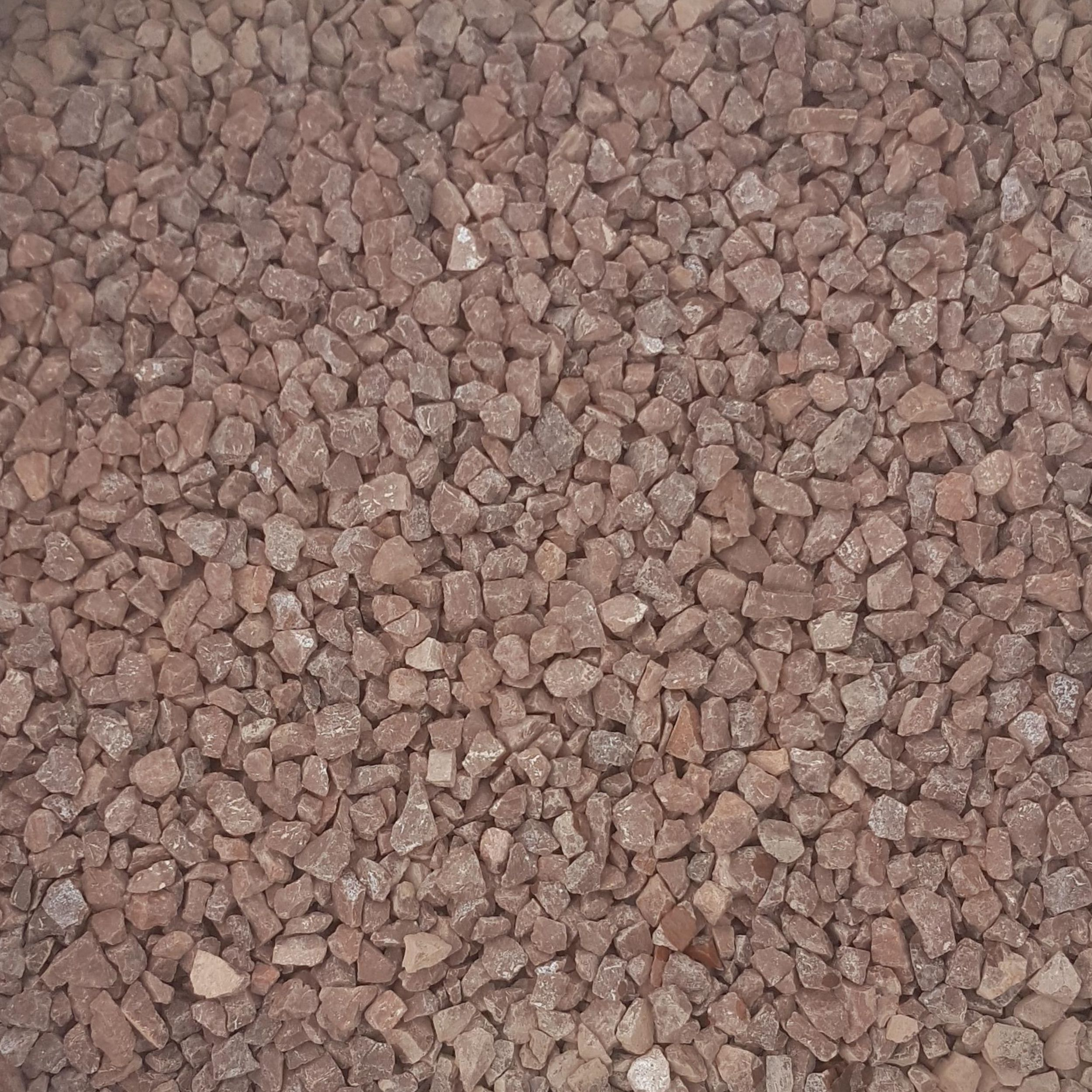Red Chips 20mm Dry Mitchell Turf