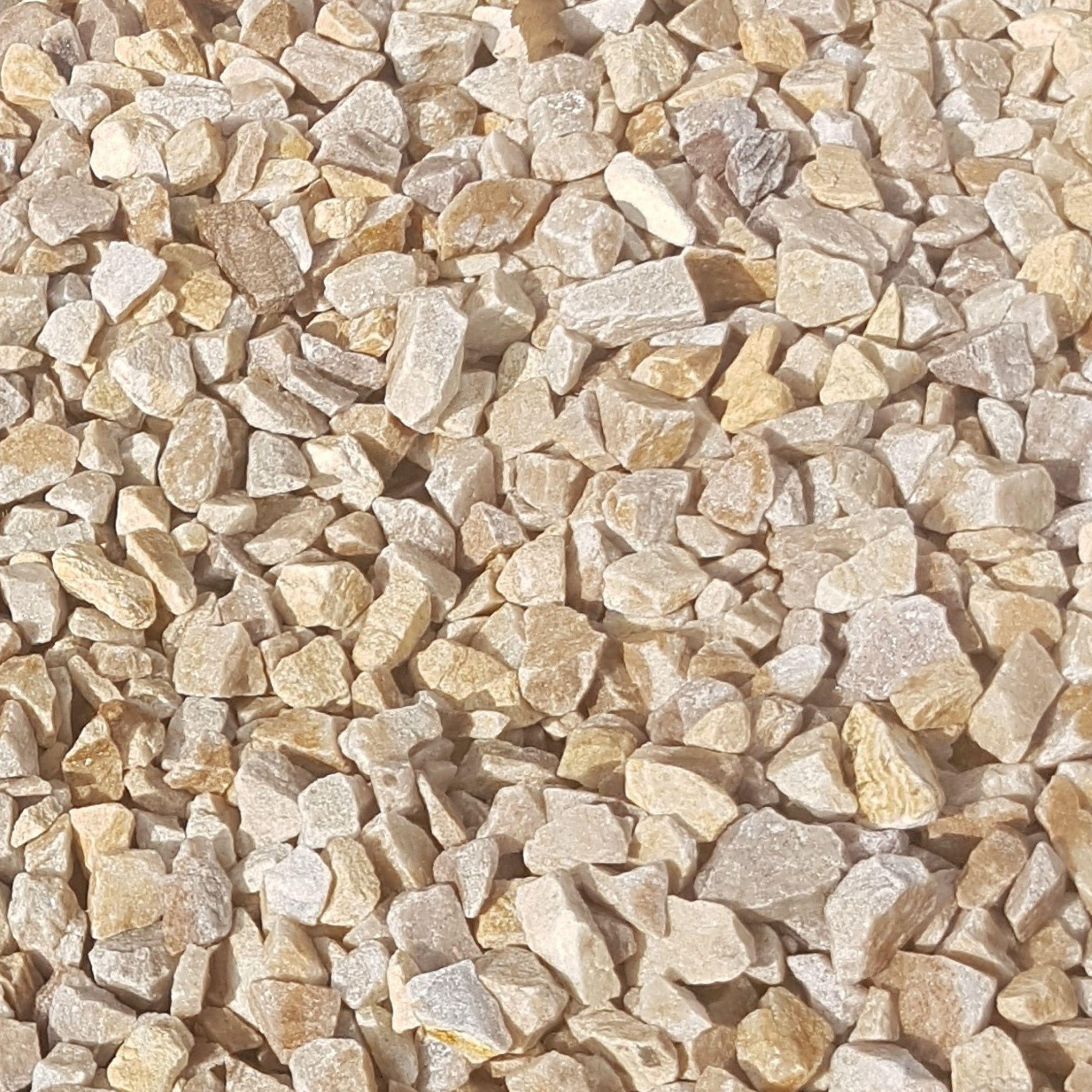 mitchell turf golden quartz chippings 20mm