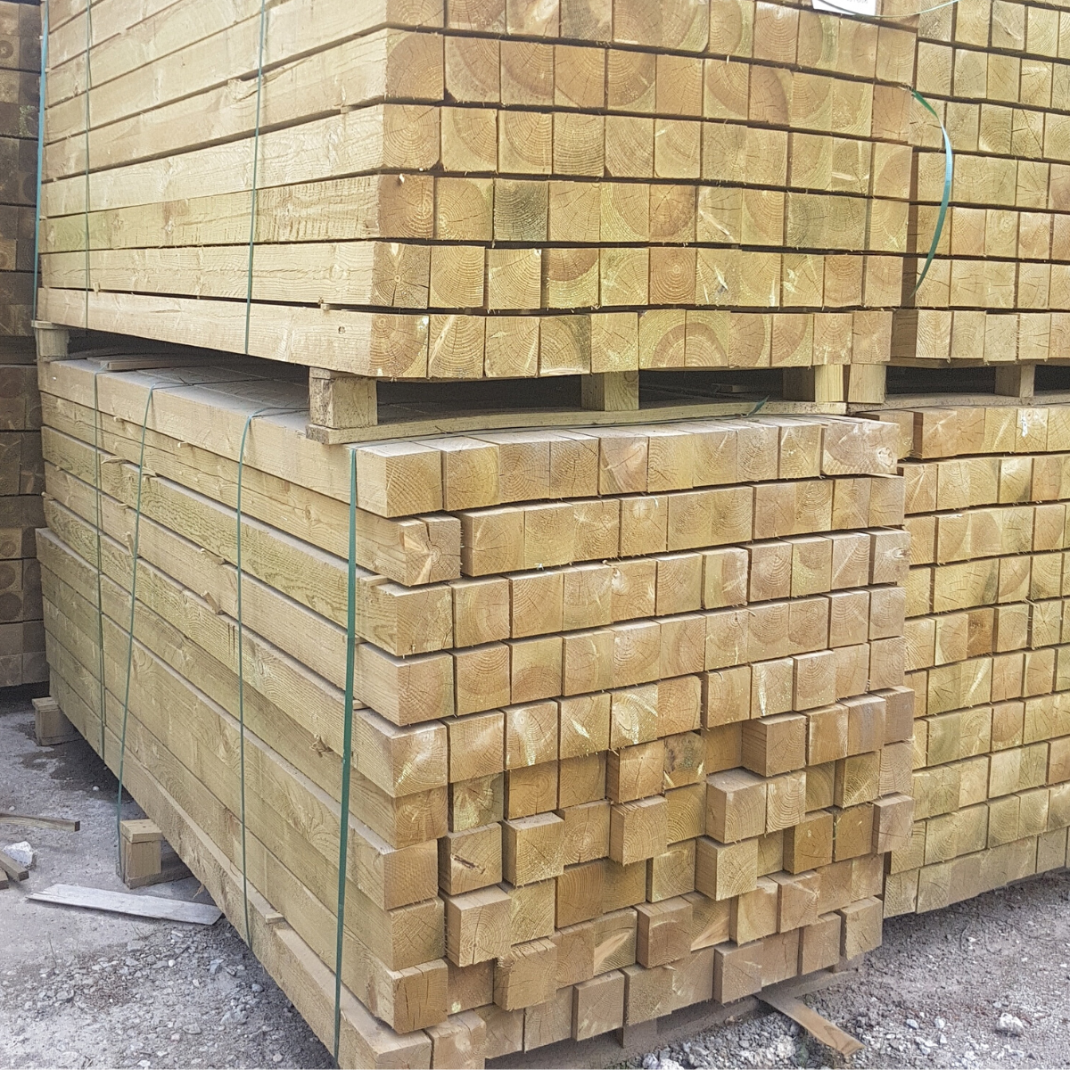 timber square fence posts fencing 4 x 4