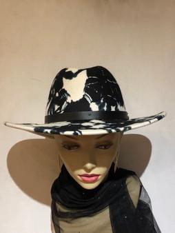 Tie-Dye Wool Felt Hat (white)