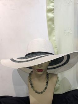 Big Brim Straw Hat (White & Navy)