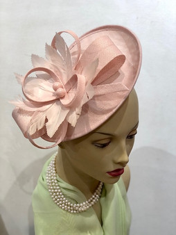 Lily Fascinator
