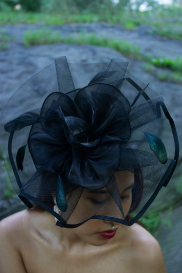 Emelie Black Fascinator