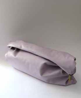 BIG GIRL KELLEY CLUTCH / LILAC