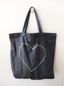 HEART DENIM BAG / INDIGO