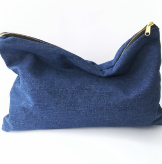 BIG GIRL KELLEY CLUTCH /DENIM