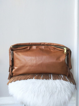 BIG GIRL KELLEY CLUTCH / COGNAC FRINGE