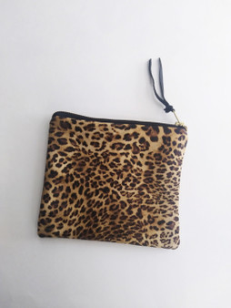 LEATHER POUCH / LEOPARD