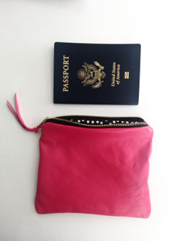 LEATHER POUCH / HOT PINK