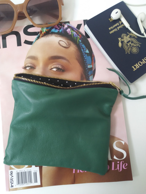 LEATHER POUCH/ PALM GREEN