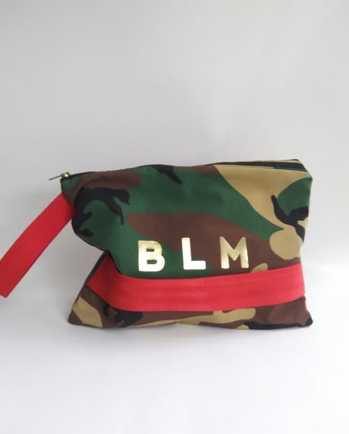 'BLM' CAMO POP CLUTCH / TAN PRINT