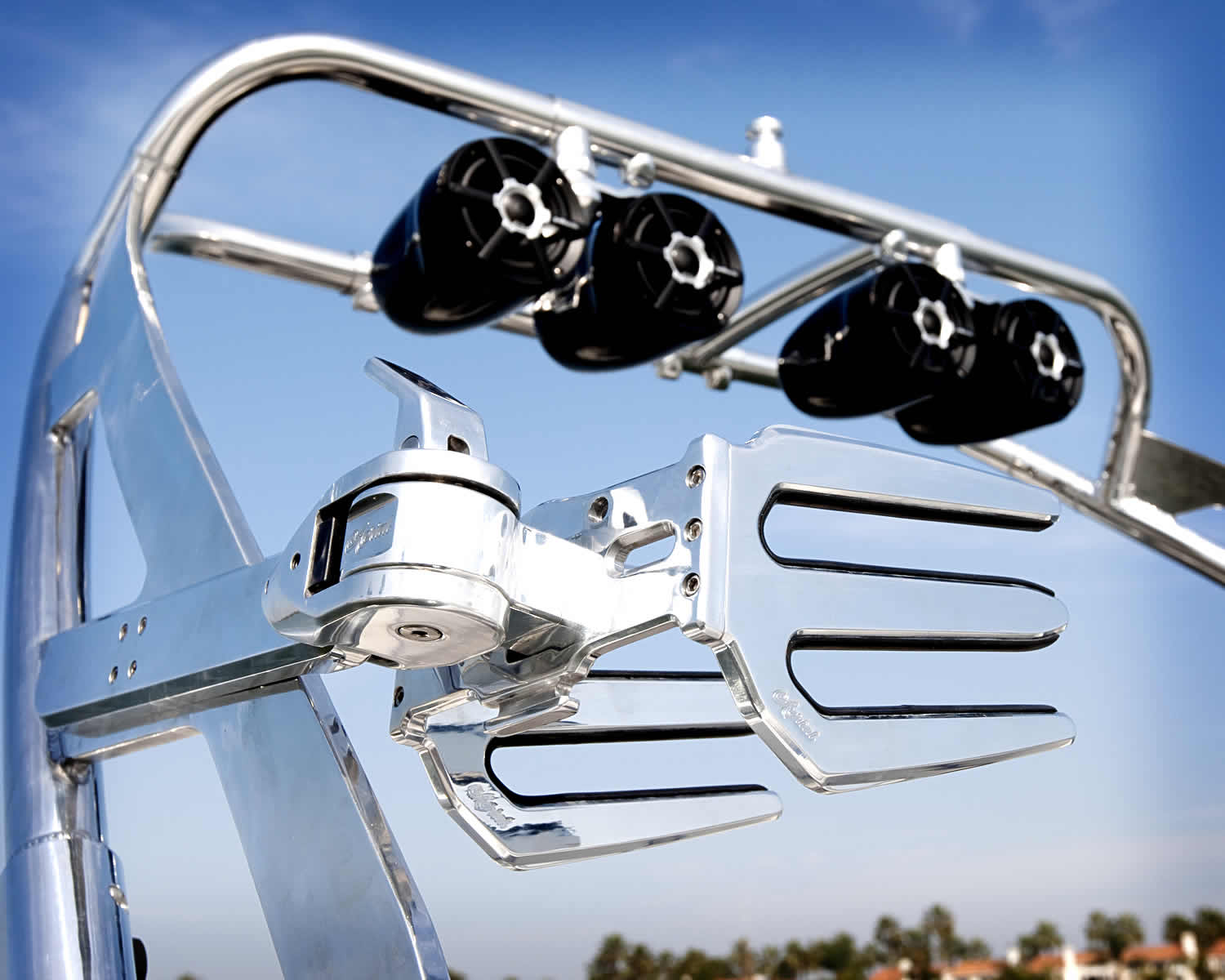 Photo polished aluminum wakeboard tower