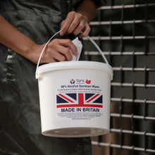 4 X 5 LITRE BUCKET OF 80% ALC WIPES. 1600 INDUSTRIAL WIPES