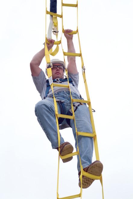 DBI SALA 8516294 Rollgliss Rescue Ladder 8'