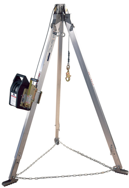 DBI SALA 8300031 Winch 60' Stainless Steel Cable, 7' Aluminum Tripod