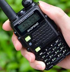 Handheld UHF Radio