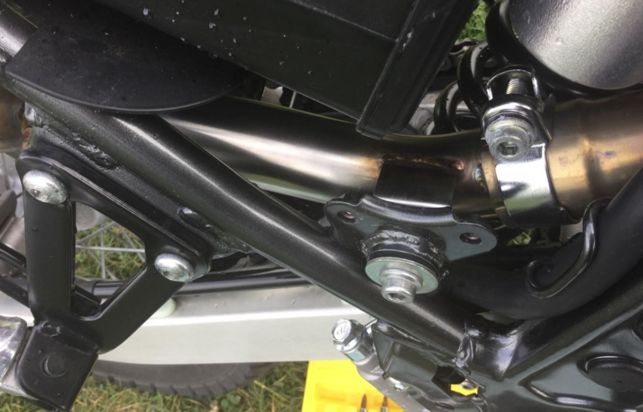 Fits straight onto factory header, no fuss fitment.
