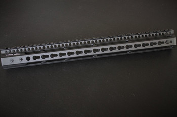 V Seven Weapons Enlightened Keymod Handguard 16.5""